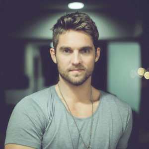 Brett Young Catch (The Acoustic Sessions) Lyrics