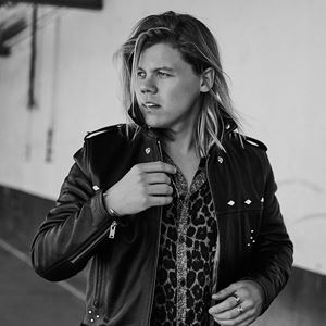 Conrad Sewell Healing Hands Lyrics