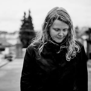 Kate Tempest People's Faces Lyrics
