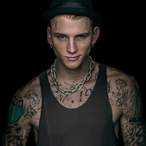 Machine Gun Kelly Glass House Lyrics