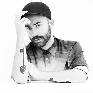 Woodkid Drawn to You Lyrics